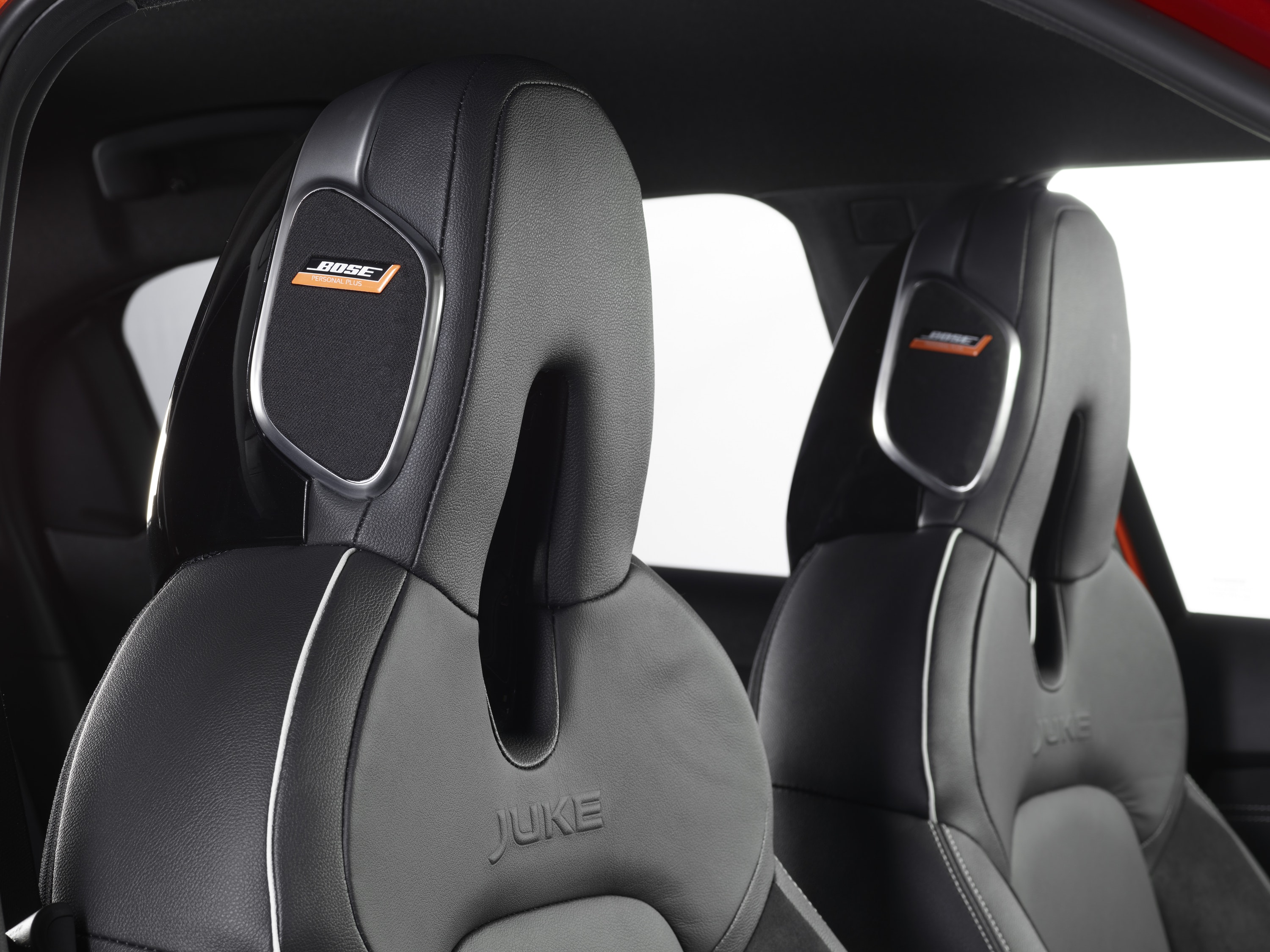 Close up of speakers in the Nissan Headrests