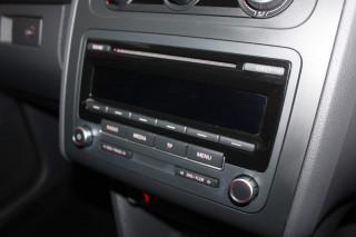 VOLKSWAGEN TOURAN 1.6 TDI 105 BlueMotion Tech SE 5dr