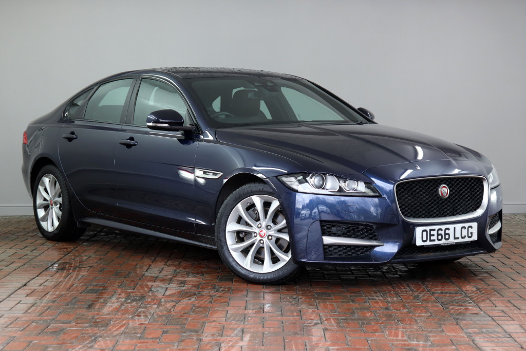 Jaguar Xf Diesel Saloon 2 0d 180 R Sport 4dr Auto Awd Rear Camera Active Park Assist Heated Seats Bi Xenon Headlights Oe66lcg Used Jaguar Xf Fords Of Winsford