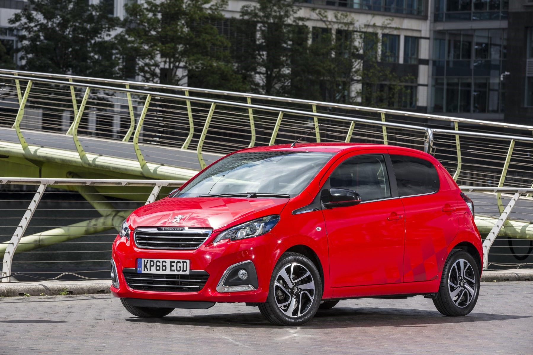 Red Peugeot 108