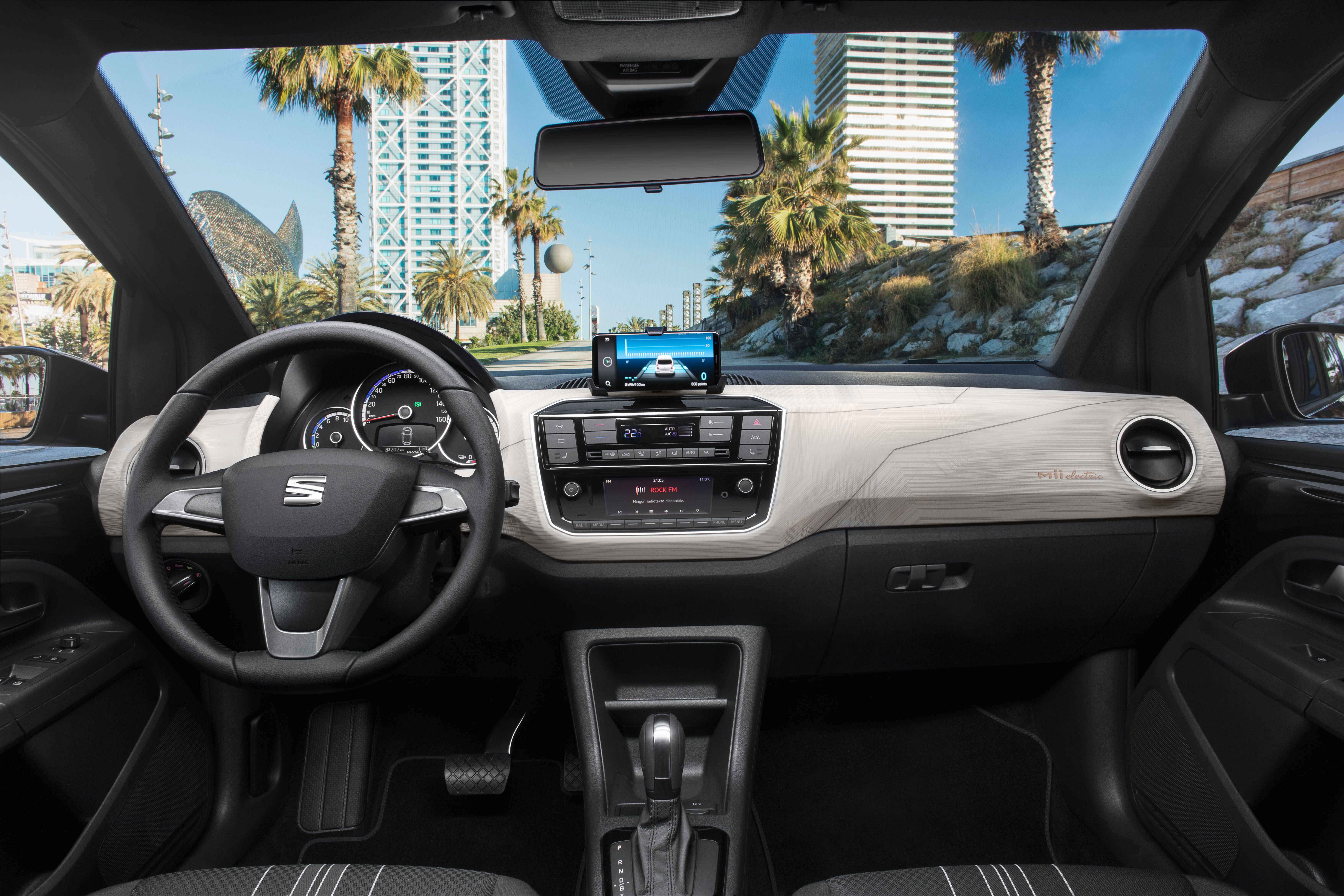 SEAT Mii Electric interior
