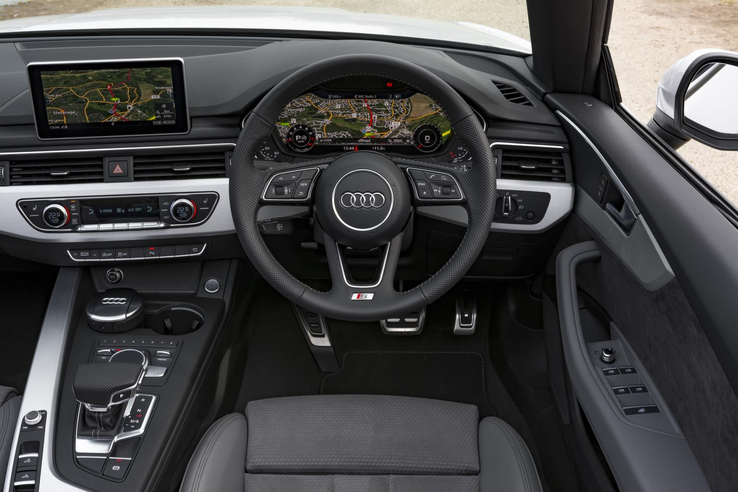 Drivers side interior of AUdi A5 Cabriolet