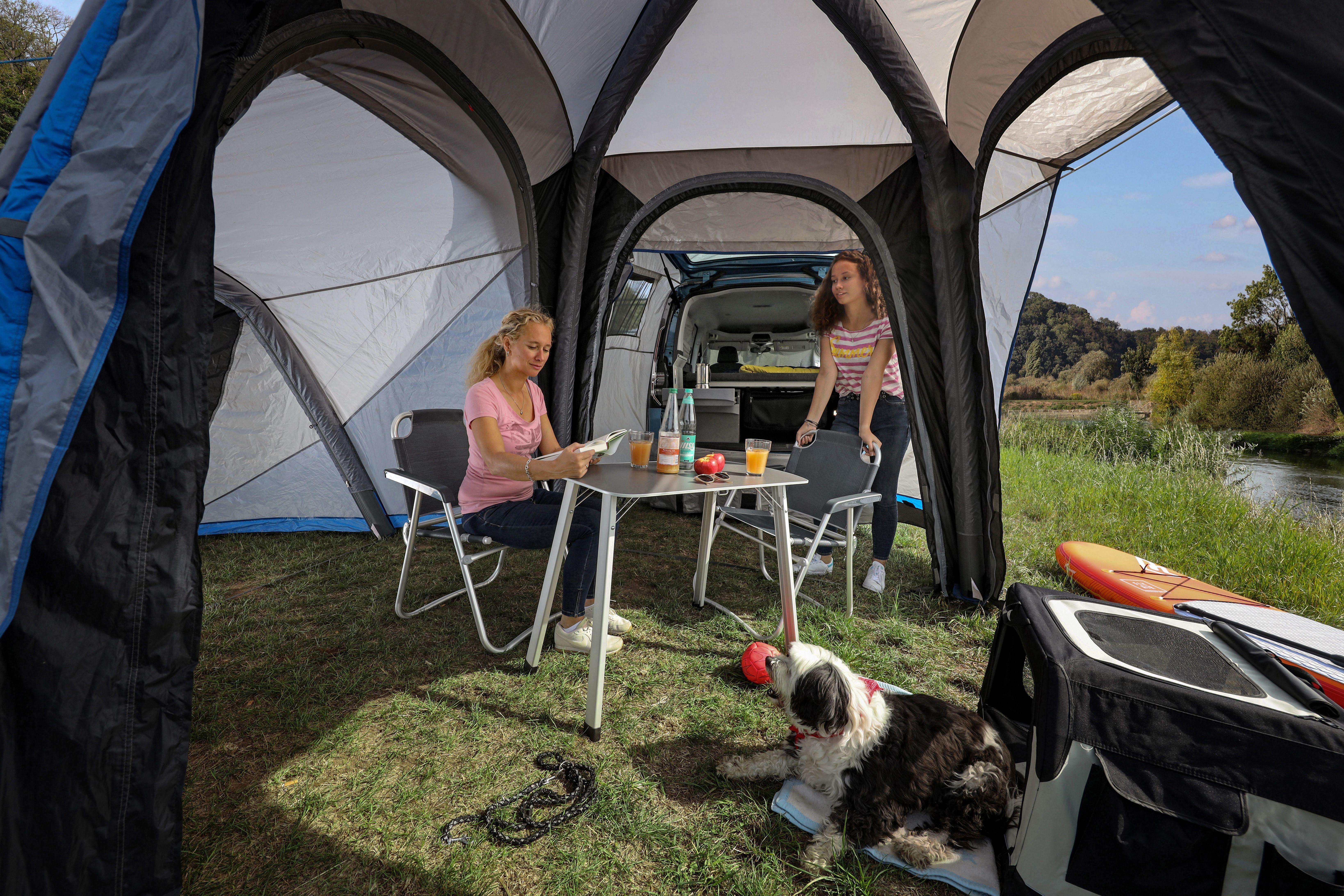 Inside the Volkswagen Caddy California tent