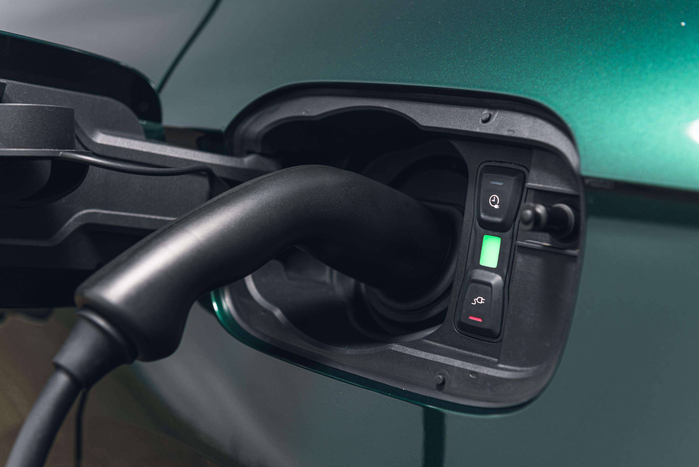 Audi Q5 plug in hybrid charging