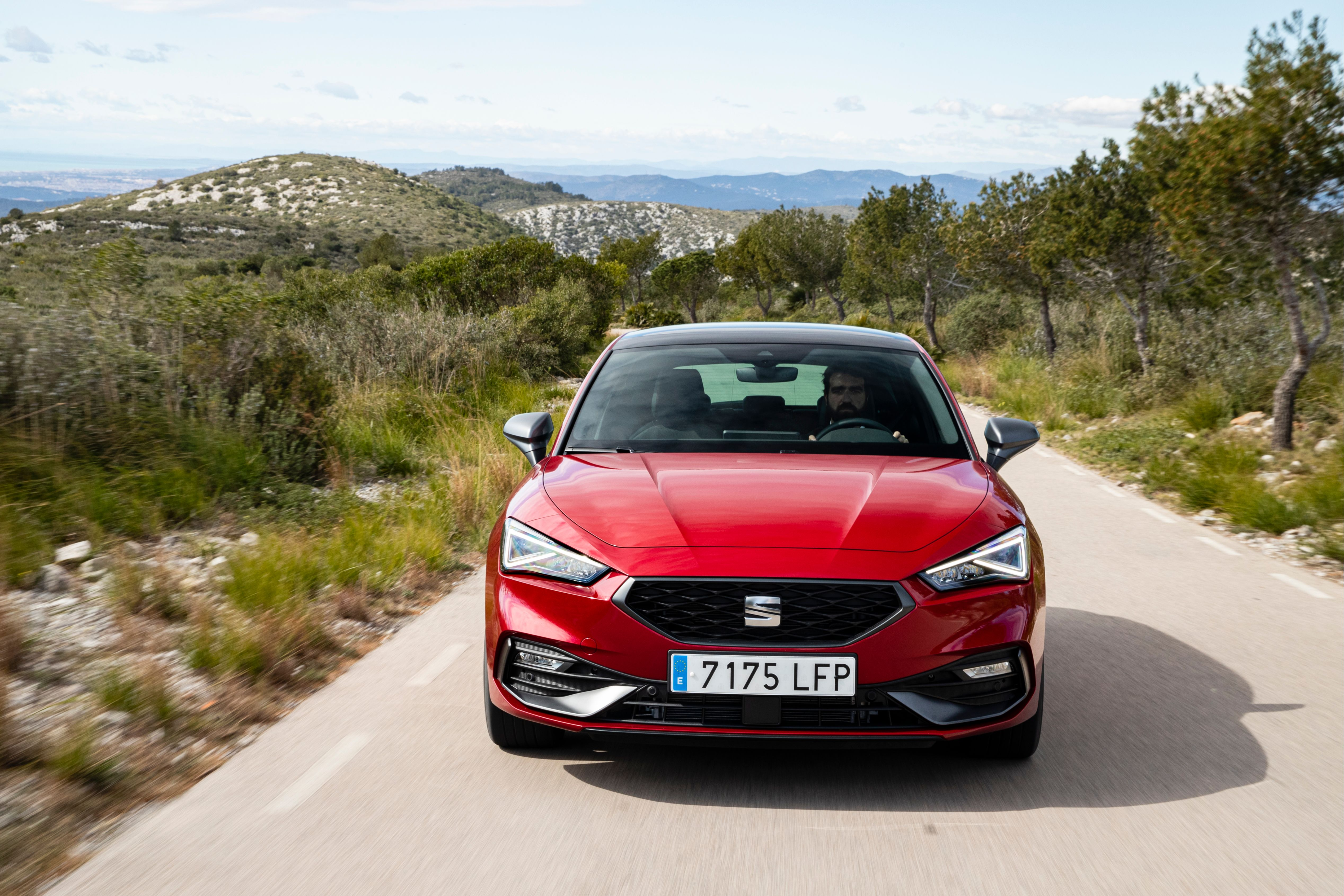 Front view of the New SEAT Leon