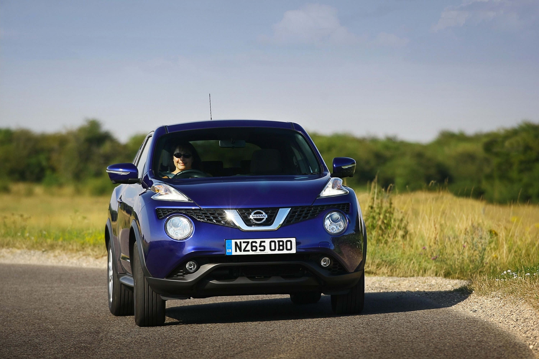 Nissan Juke blue