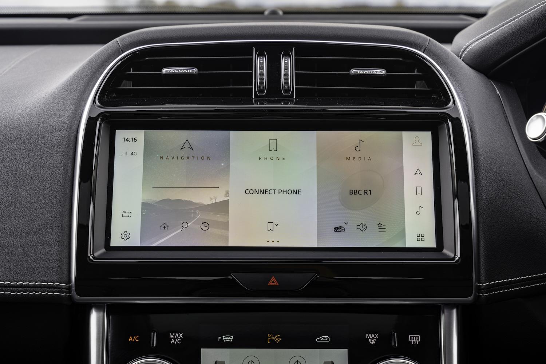 Jaguar XE Touchscreen