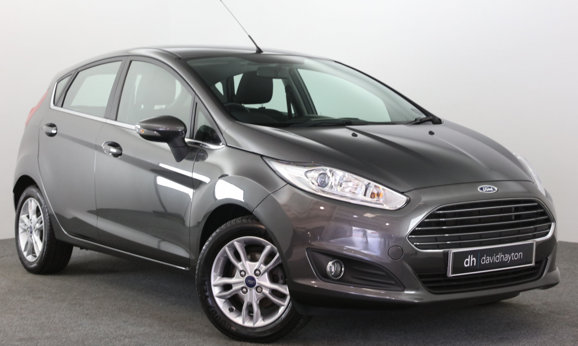Grey Ford Fiesta facing 3/4 right